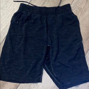 Lulu Lemon T.H.E. Short 9""